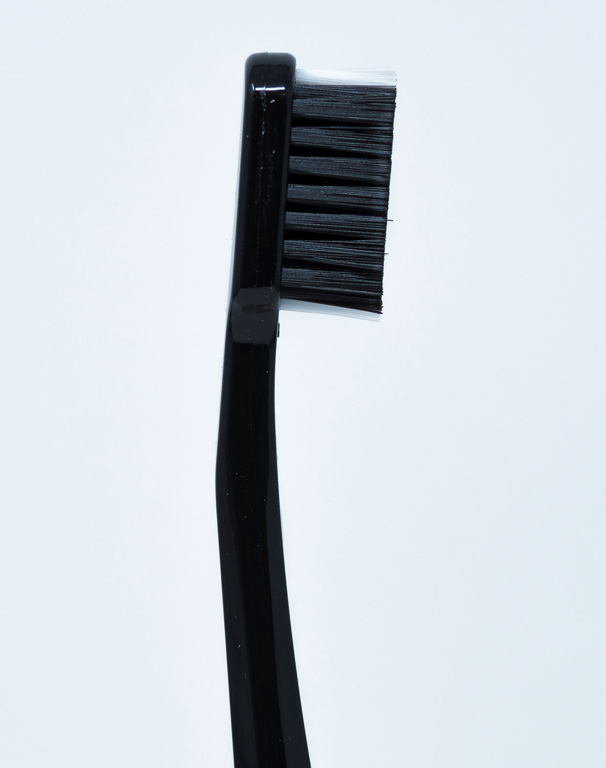 Curaprox Dentifricio Black is White - 10 ml + 1 Spazzolino Manuale