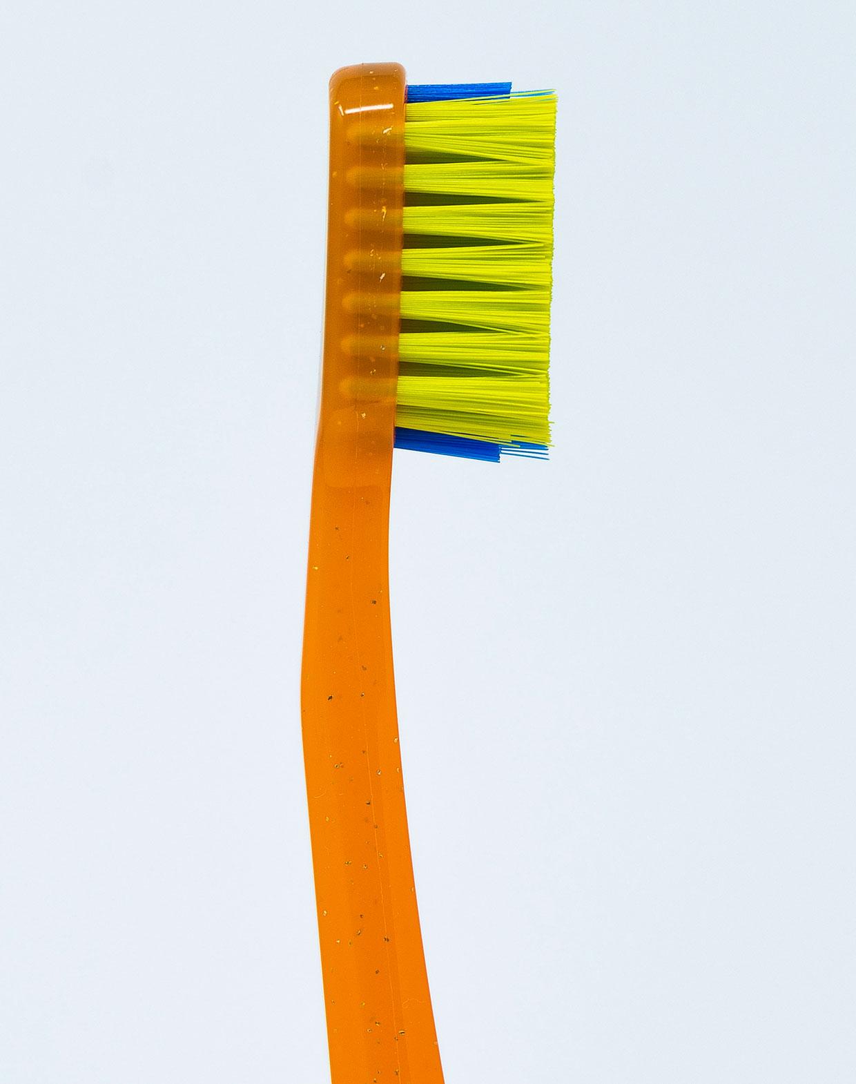 Curaprox Spazzolino Ortodontico Ortho CS 5460