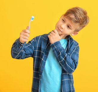 Consigli pratici per l'igiene orale dai 6 ai 12 anni