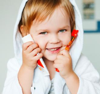 Il dentifricio per bambini: una guida per scegliere il più adatto