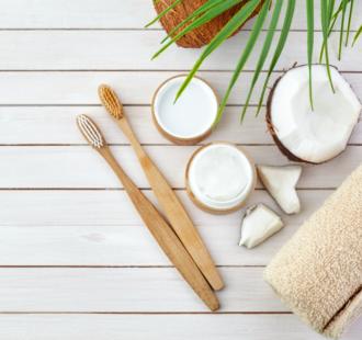 Oil pulling: è davvero utile per la tua igiene orale?