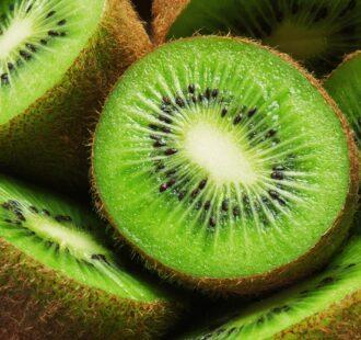 Il kiwi: un semplice frutto può migliorare la salute delle gengive?